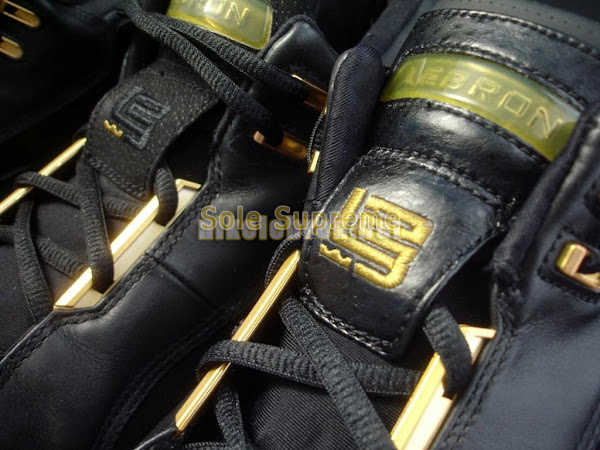 A Look at Two Different Versions of the AZG Black and Gold PE