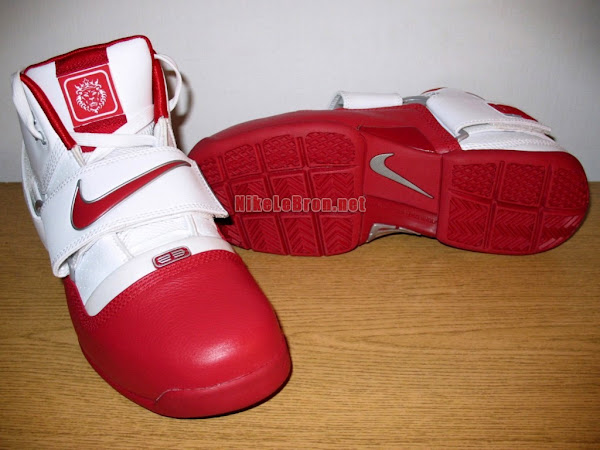 An exclusive look at the Zoom LeBron Soldier OSU Home PE