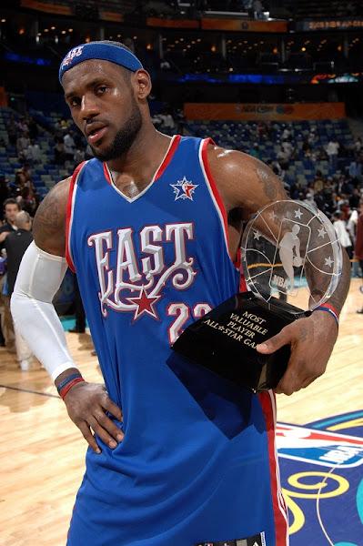 LeBron James wins MVP award in 2008 NBA AllStar Game