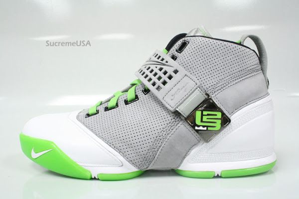 Release Date Reminder Dunkman LeBron 5 hits the stores