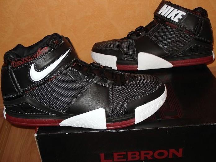reputable site 62d17 1610b Ankle straps. Original Nike Zoom LeBron II ...