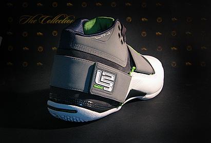 Nike Zoom LeBron Soldier Dunkman