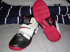 lbj soldier blk gry red2 2 A look at the Black, Gray and Red LeBron Soldier