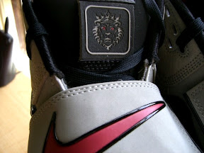 lbj soldier og blk gry red3 3 A look at the Black, Gray and Red LeBron Soldier
