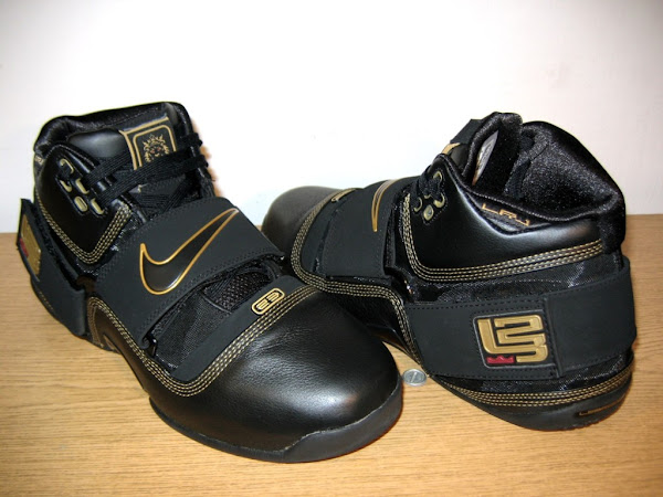 Another look at the Black and Gold LeBron Soldier