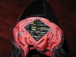 lbj5 og black crimson2 04 A closer look at the Fearless Zoom LeBron V