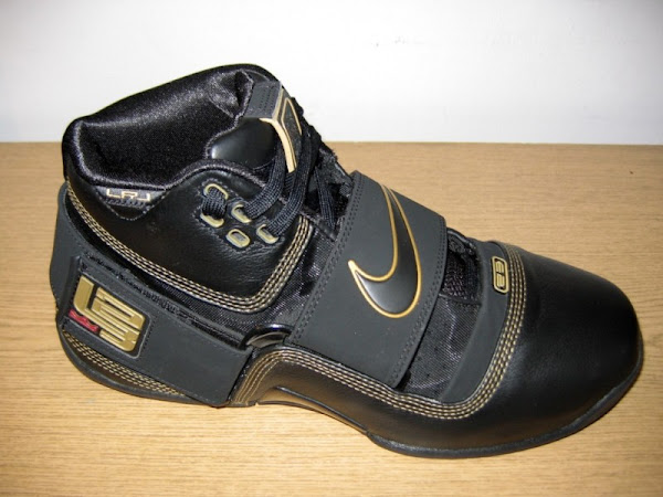 hot sale online fa8c3 e15a0 Four different Black and Gold Zoom Soldiers | NIKE LEBRON ...