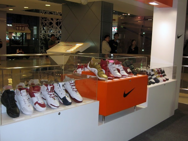 Event recap 110407 HLeung x abt LeBron Sneaker exhibit