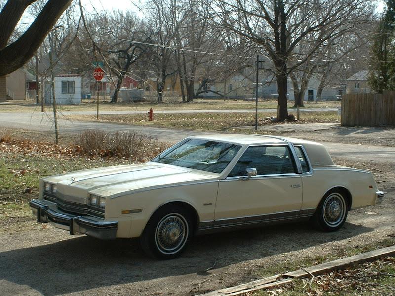Mobil mobilan 1977 oldsmobile cutlass salon for 1987 cutlass salon