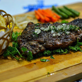 Angus Sirloin Lemon Herbs Part II (200gr) by Rudyanto A. Wibisono - Food & Drink Meats & Cheeses (  )