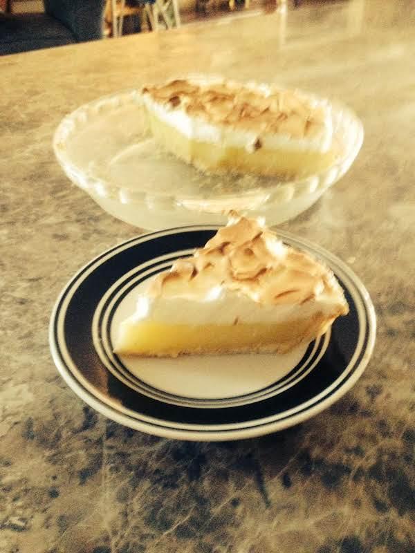 Jonny Ray's  Lemon Meringue Pie Recipe