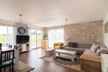 maison à Saint-Laurent-en-Grandvaux (39)