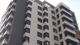 Imagen de la fachada del nuevo edificio de la pareja.