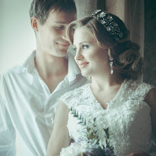 Wedding photographer Oksana Syuzganova (OSae). Photo of 29.05.2014