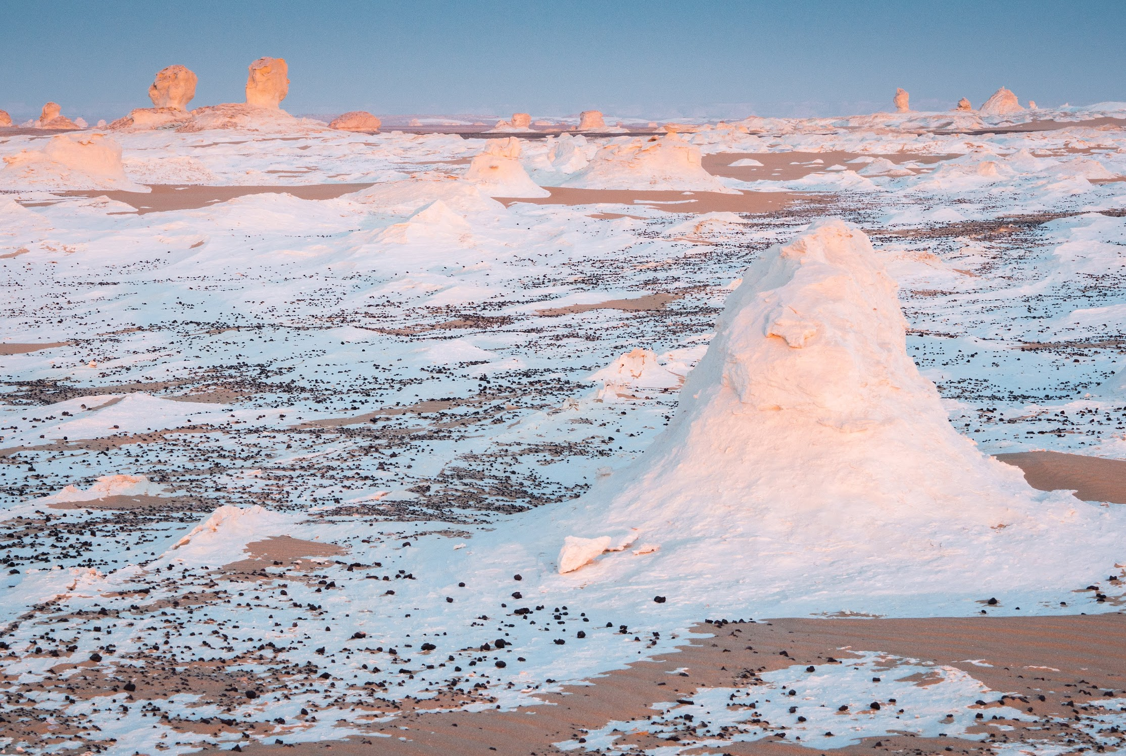 White chalk formation in the White Desert during sunset