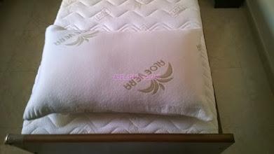 Photo: cuscino fiocco memory aloe
