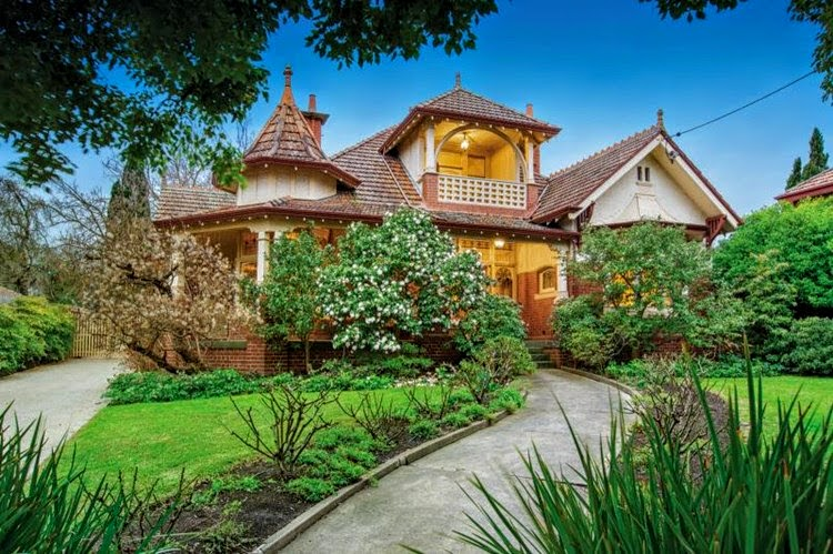 27 Kinkora Road Hawthorn VIC, sold for $4,095,000