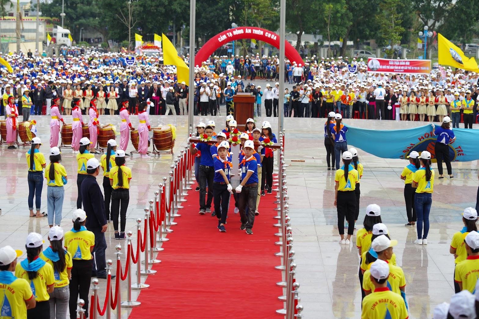 Những hình ảnh đẹp về lễ khai mạc Đại Hội Giới Trẻ giáo tỉnh Hà Nội lần thứ XV tại Thanh Hóa - Ảnh minh hoạ 33