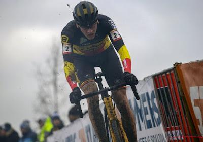 """Bondscoach Sven Vanthourenhout voelt zich thuis op EK: """"Echte West-Vlaamse boerencross"""""""
