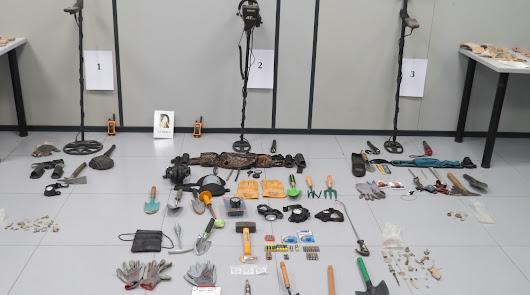 Pillados con 70 piezas arqueológicas obtenidas con detectores de metales