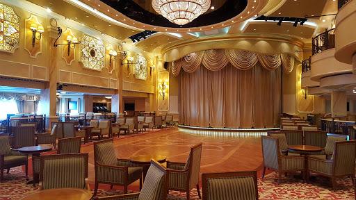 Queen-Victoria-Queens-Lounge - The Queens Lounge, or Queens Room, on Queen Victoria.
