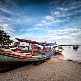 Parking Boat by Mario Wibowo - Transportation Boats ( water, studio, mario, 2013, travel, boat, mwp, mario wibowo, kelapa gading, trip, wibowo, nikon, belitung )