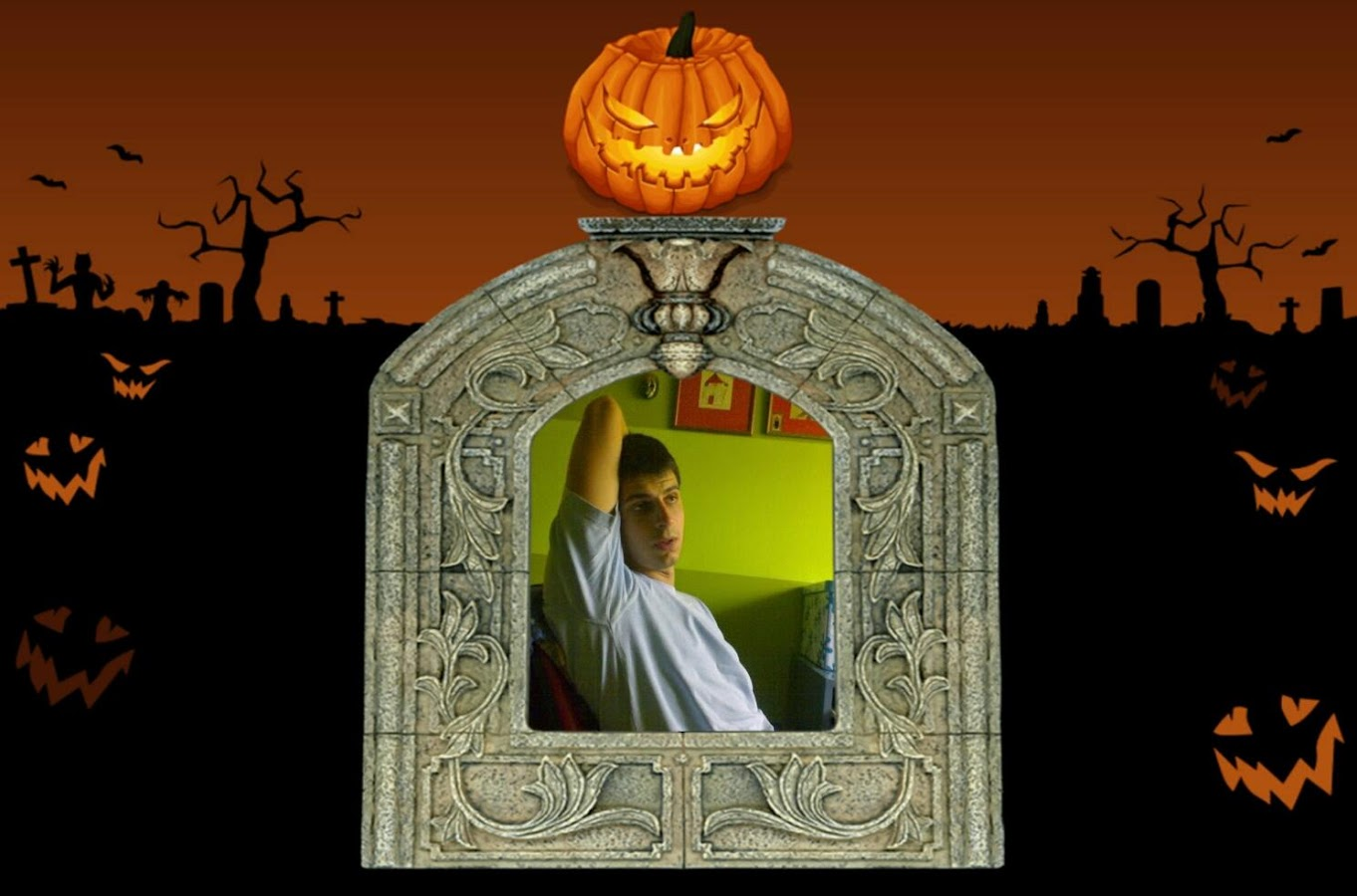 Halloween picture frames android apps on google play halloween picture frames screenshot jeuxipadfo Choice Image