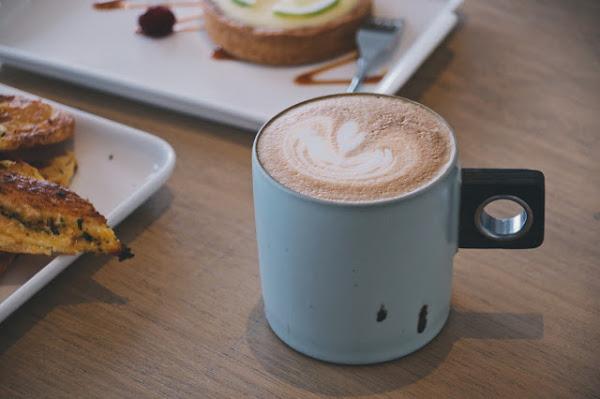 白日夢TEA & CAFÉ|北海岸.石門|品一杯咖啡,重溫小學時光