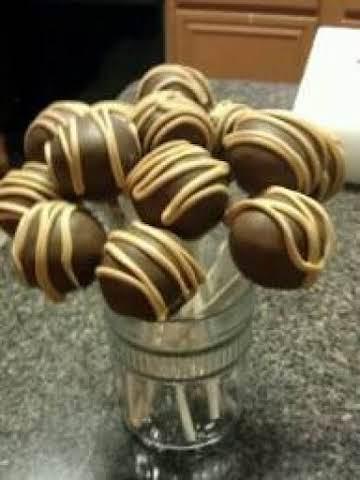 Chocolate Peanut Butter Cup Cake Pops