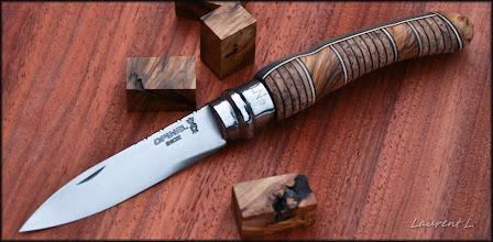 Photo: Opinel custom n°125. http://opinel-passions-bois.blogspot.fr/ Personnalisations en marquèterie de bois précieux, cornes, résines et aluminium du couteau pliant de poche de la célèbre marque Savoyarde Opinel.