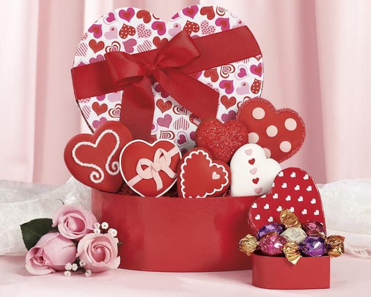 Photo: Valentine Cookie and Godiva Truffle Assortment