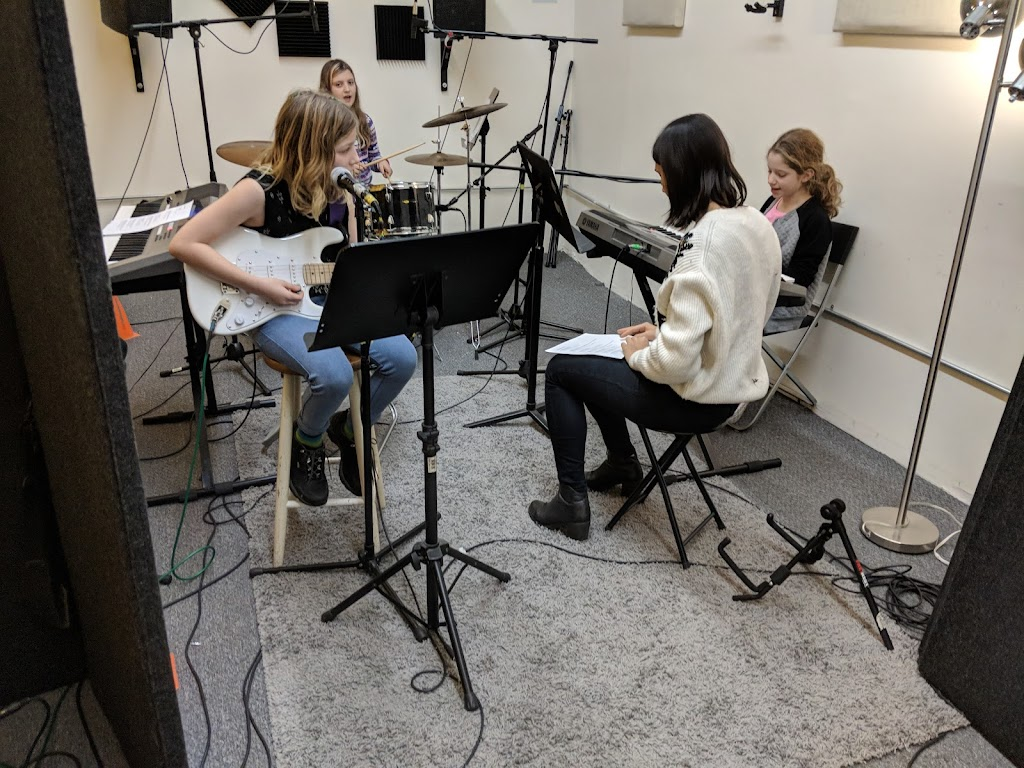 GirlPop songwriting at Brooklyn Music Factory