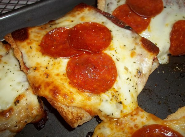 This bread is so, so good. My kids like it better than pizza.Enjoy!!
