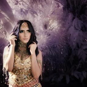 Winda Sesak by Ibenks Lima - People Fashion ( #falsecolour )