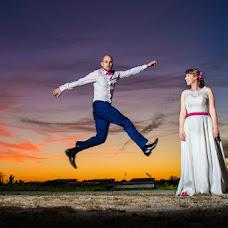 Wedding photographer Robert Zielinski (yanntorn). Photo of 18.04.2017