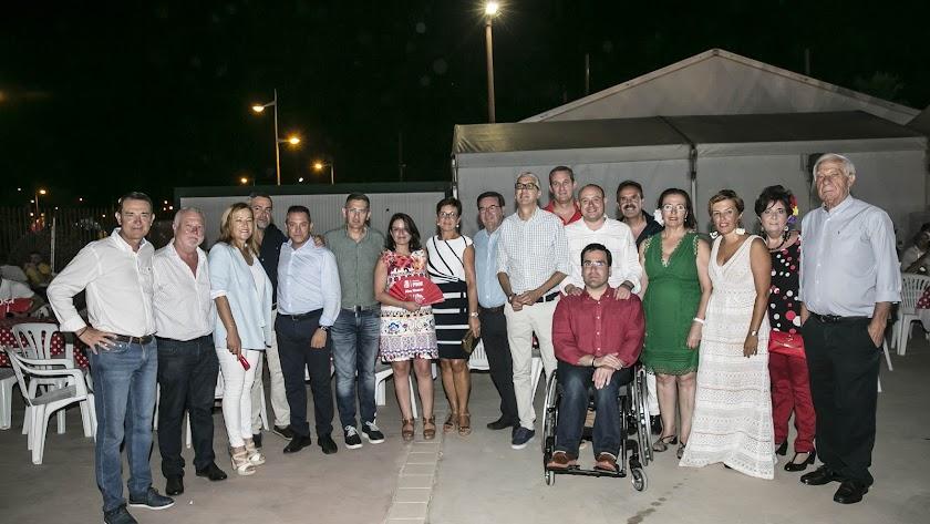 Adriana Lastra junto a otras autoridades socialistas en la cena anual del partido en la Feria de Almería.