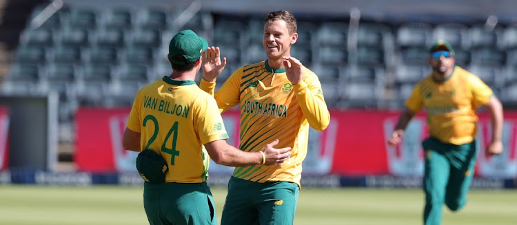 George Linde of South Africa celebrates the wicket of Mohammad Rizwan of Pakistan during the 2021 KFC T20 match at Wanderers Stadium in Johannesburg, April 12 2021. Picture: BACKPAGE PIX/SAMUEL SHIVAMBU