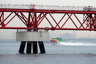 Photo: 水中翼船を追ってたけど、なにげに鳥の数も凄いな。  #hanedaairport  #hydrofoil