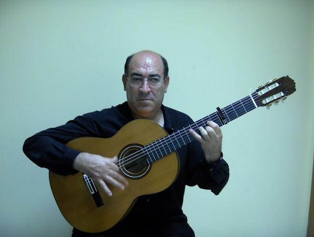 Antonio García, guitarrista y cantaor.