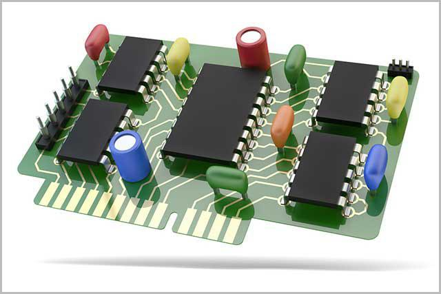 (Rezystory, anody i tranzystory na płytce PCB)