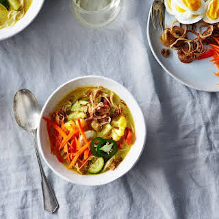 Khao Suey (Burmese Style Curried Noodle Soup).