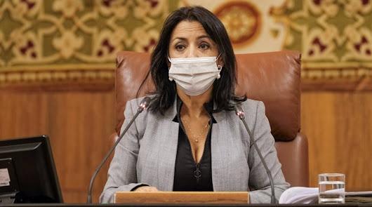 Marta Bosquet volverá a presidir el Parlamento andaluz tras superar la Covid-19