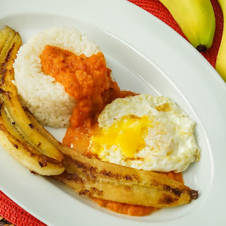 Arroz Cubano (Spanish Cuban-Style Rice)