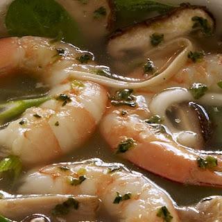 Spinach, Mushroom & Shrimp Soup with Lemon Grass, Cilantro & Garlic