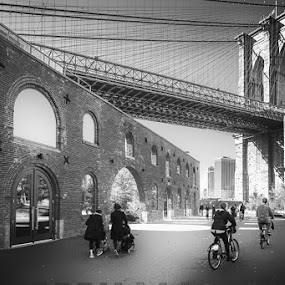 Brooklyn bridge by Aurelio Firmo - Black & White Buildings & Architecture ( brooklyn, bridge, new york )