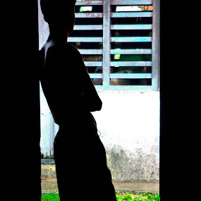 The Lonely Soul by Deepak Prabhu - People Street & Candids