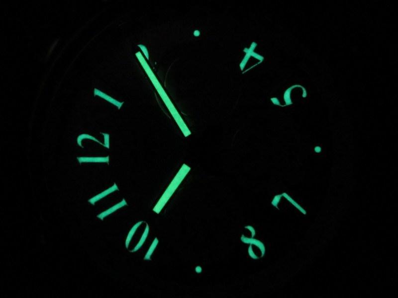http://img59.imageshack.us/img59/7236/chronodarklume.jpg