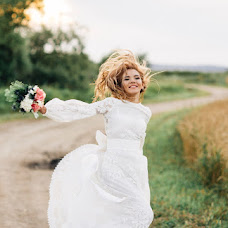 Wedding photographer Natalya Mikryukova (natalisis1). Photo of 12.08.2016