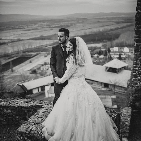 Wedding photographer Krisztian Kovacs (KrisztianKovacs). Photo of 26.01.2018