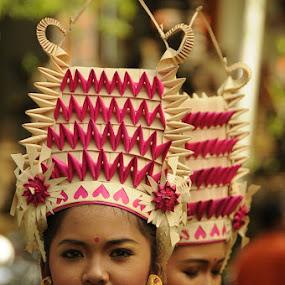 Rejang dance by I Wayan Gunayasa - People Portraits of Women